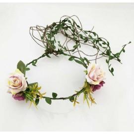 Blomsterkrans - Rosor och blad